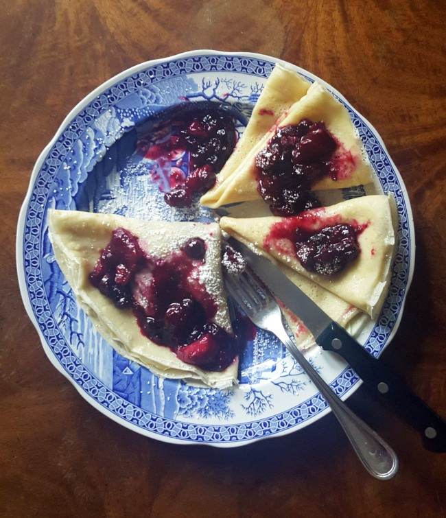 vanilla_crepes_with_berry_compote