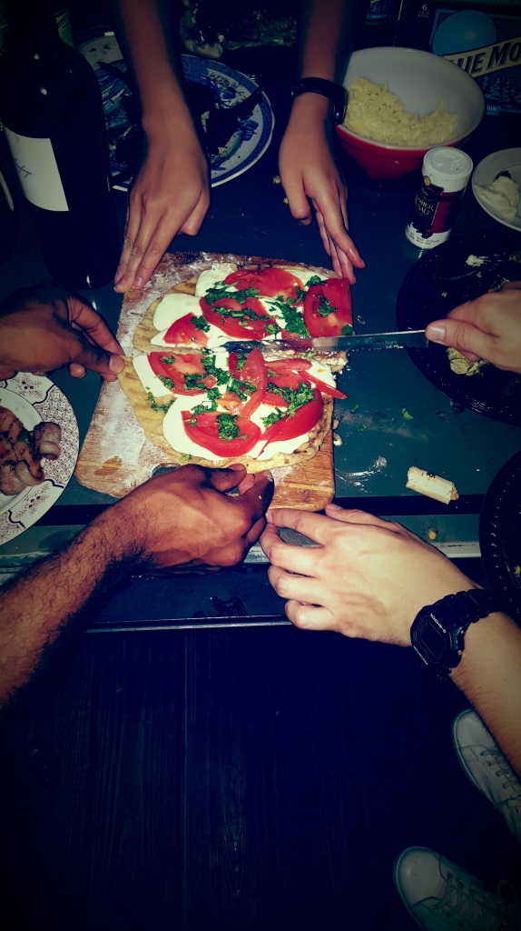 grilled_pizza_gathering