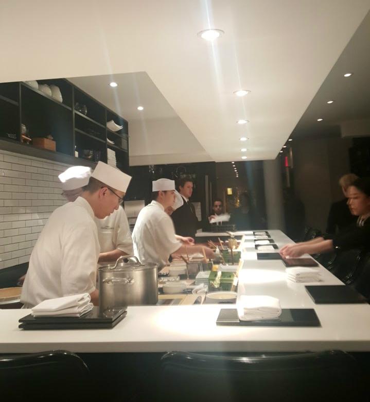 sushi_nakazawa_chefs_working