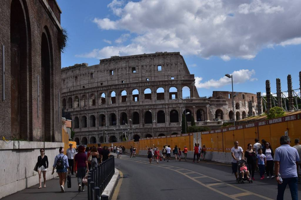 colosseum-rome-a-savory-planet