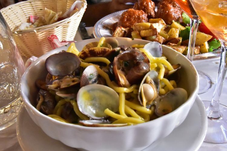 otello-trastevere-pasta-with-clams-a-savory-planet