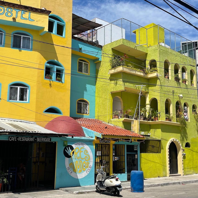 asavoryplanet-destinations-northamerica-mexico-walkingfoodtour-neighborhoods